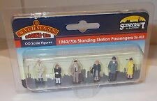 Bachmann - 36-402 1960/70s Standing Station Passengers 6 X 00 Scale Figures