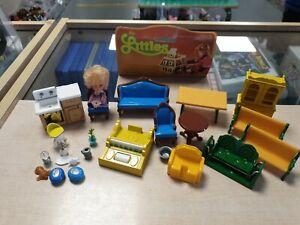 Vintage 1980s Mattel 'The Littles' Dolls House Furniture Bundle