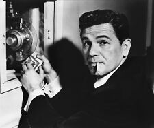 John Garfield UNSIGNED photo - H6666 - Force of Evil