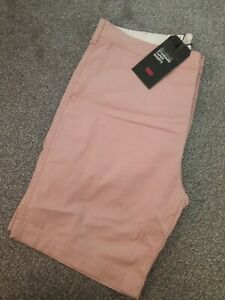 Levi's Men's Tapered Knee Length Chino Shorts Size 38R BNWT £40