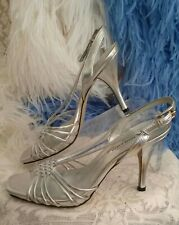 Anne Klein Silver Shoe🌸8M Heel Sandal Strappy Gently Worn Faux Leather Women