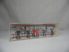 h1047, MERTEN Figuren Deutsche Feuerwehr & Zubehör mint BOX 1:87 / H0 2377