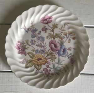 Vintage Heather By Royal China USA Swirl Rim Floral Center Plate