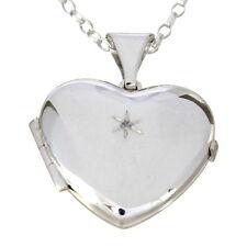 Halsketten und Anhänger aus Echtschmuck mit Diamant