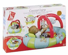 Vulli Cocoon Area Sophie die Giraffe mehrfarbig Speildecke Krabbeldecke Baby