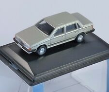VOLVO 760 Saloon in Gold Metallic 1/76 scale model OXFORD DIECAST