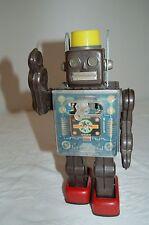 ORIGINAL 1960s FIGHTING ROBOT Tin Toy by S.H. Horikawa Japan