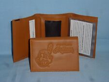 CLEVELAND INDIANS   Leather TriFold Wallet   NEW!   tan  bb
