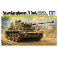 Tamiya 36211 German Tank Panzerkampfwagen IV Ausf.J (w/Single Motor) 1/16