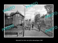 OLD LARGE HISTORIC PHOTO OF HICKSVILLE NEW YORK, THE RAILROAD STATION c1900