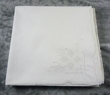 VINTAGE/ESTATE 8 PURE COTTON  WHITE TABLE NAPKINS SERVIETTES  EMBROIDERED 42X42
