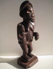Ancienne statue cultuelle,maternité.Ethnie Bembé. R.D.C Congo-Zaïre.