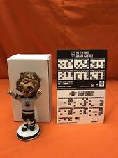 "LA Kings Mascot ""Bailey"" Arms Up Gray 2018 Bobblehead & LA Kings Schedule Magnet"