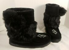 NEW MANITOBAH BLACK FAUX FUR HALF MUKLUK WITH POM BOOTS WOMEN'S 9