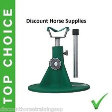 New HOOFJACK medium size farrier stand, Hoof Jack includes DVD Equine Innovation