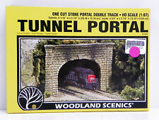 "WOODLAND SCENICS HO U/A ""DOUBLE TRACK TUNNEL PORTAL"" PLASTER OF PARIS MODEL KIT"