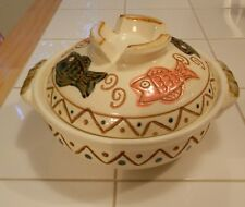 UTSUWA/JAPAN POTTERY BOWL WITH LID-FISH DESIGN-HANDLES-VG++  CONDITION