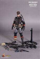 HOT TOYS VGM14 & 15 METAL GEAR SNAKE EATER NAKED SNAKE & THE BOSS ACTION FIGURE!