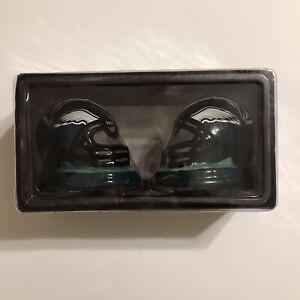 NFL Philadelphia Eagles Helmet Salt & Pepper Shakers, New
