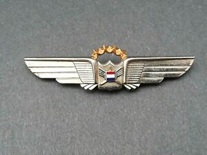 Vintage United Airlines Pilot Wings Badge Leaven Mfg Attleboro Mass