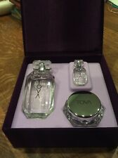 TOVA Beverly Hills Signatiure Gift set of 3: Parfum (3.4 & 0.25), Body cream