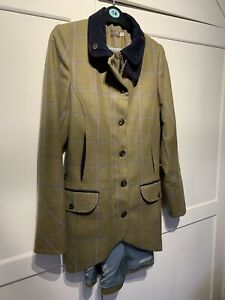 Timothy Foxx Size 10. Catherine Tweed Jacket In Amber. Mint Condition.