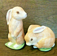 Salt and Pepper Easter Bunny Rabbits Ceramic - 2001 - Excellent Condition