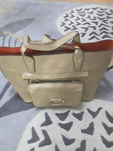 Jasper J  Conran large tote bag colour tan with detachable purse and straps 💕