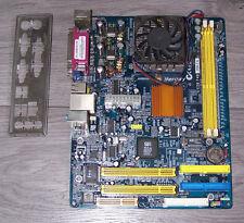 Mercury KOB 740 CFDMx Mikro-ATX inkl. I/O Slotblech + AMD 2200pro CPU fest