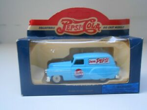COCHE PONTIAC 1953 PEPSI COLA LLEDO MADE IN ENGLAND ORIGINAL CAR 1/43 1:43 IN BO