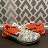 Mens Nike Metcon 4 XD Training Shoes Hyper Crimson Grey Patterned Size US 7.5