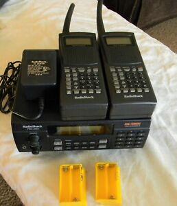 Radio Shack Pro2052 1000 Channel Dual Trunking Scanner & 2 Handheld Units Bundle