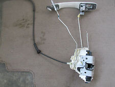 2012 11 13 Chrysler Town and Country Driver left door handle / latch assembly