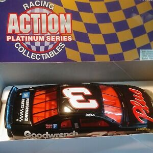 New Limited Action 1998 Dale Earnhardt Sr. #3 Goodwrench Plus DieCast Bank 1:24