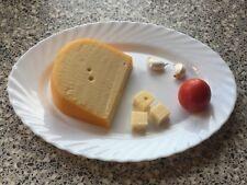 250 g  Bauernkäse Kuh Käse vom großen Laib € 10,80/kg