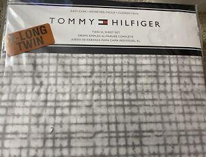 Tommy Hilfiger Twin XL Sheet Set White Gray Geometric  Pattern 60% Cotton New