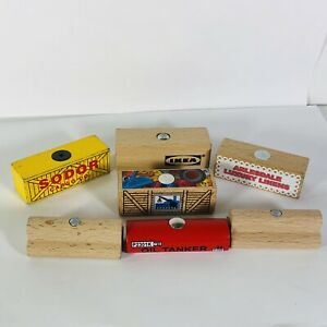 Thomas the Train Cargo Tenders Lot of 7 Wooden Railway Magnetic Friends