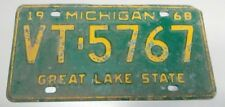 1968 ORIGINAL MICHIGAN STATE AUTO LICENSE PLATE VT-5767 CLASSIC VINTAGE VEHICLE