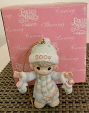 Precious Moments Annual Ornament 2004- S'Mitten with the Christmas Spirit 117784