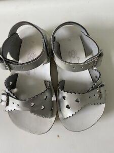 Sun San Saltwater Sandals Silver Sweetheart Baby Toddler Size 6