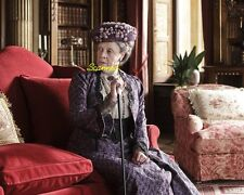 Maggie Smith DOWNTON ABBEY Violet Crawley, Dowager Countess of Grantham Pic#3540