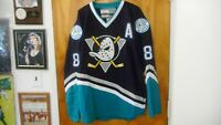 NHL Anaheim Mighty Ducks #8 Finnish Flash Hof'er Teemu Selanne Vtg Jersey