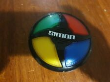 Simon Says Electronic Game 2015 Hasbro Classic Toy MINT GREAT FAMILY FUN
