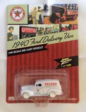 Johnny Lightning 1:64 Texaco 1940 Ford Delivery Van Heritage Texaco WHITE CHASE