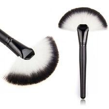 Universal Large Fan Makeup Face Powder Cheek Highlighter Bronzer Brush Tool