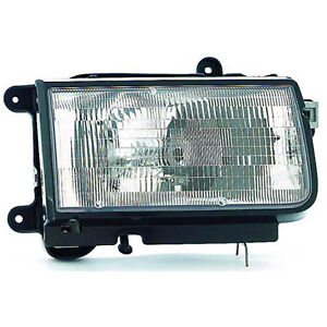 New Aftermarket Passenger Side Front Head Lamp Assembly 8972058990
