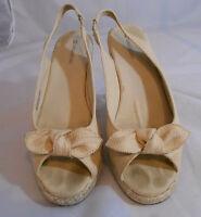 Naturalizer STALEY Beige Fabric Wedge Slip On Peep Toe Sandals Womens 10 M