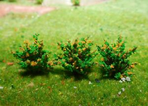 10 dunkelgrüne Büsche, Sträucher, gelb blühend, 28 mm hoch