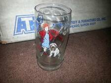 1982 TRIBUNE COMPANY SWENSENS COLLECTOR GLASS ANNIE AND SANDY BRAND NEW