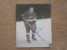 2 TIME STANLEY CUP CHAMP VIC STASIUK DETROIT RED WINGS 8 X 10 AUTOGRAPH W/COA